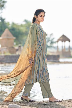 image of Artistic Grey Colored Pashmina Fabric Printed Salwar Kameez
